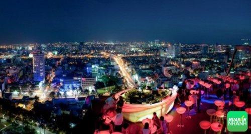Ngắm Sài Gòn về đêm trên đỉnh các tòa cao ốc - Ảnh sưu tầm.